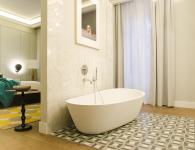 one shot recoletos baño abierto bañera exenta suelo mosaico