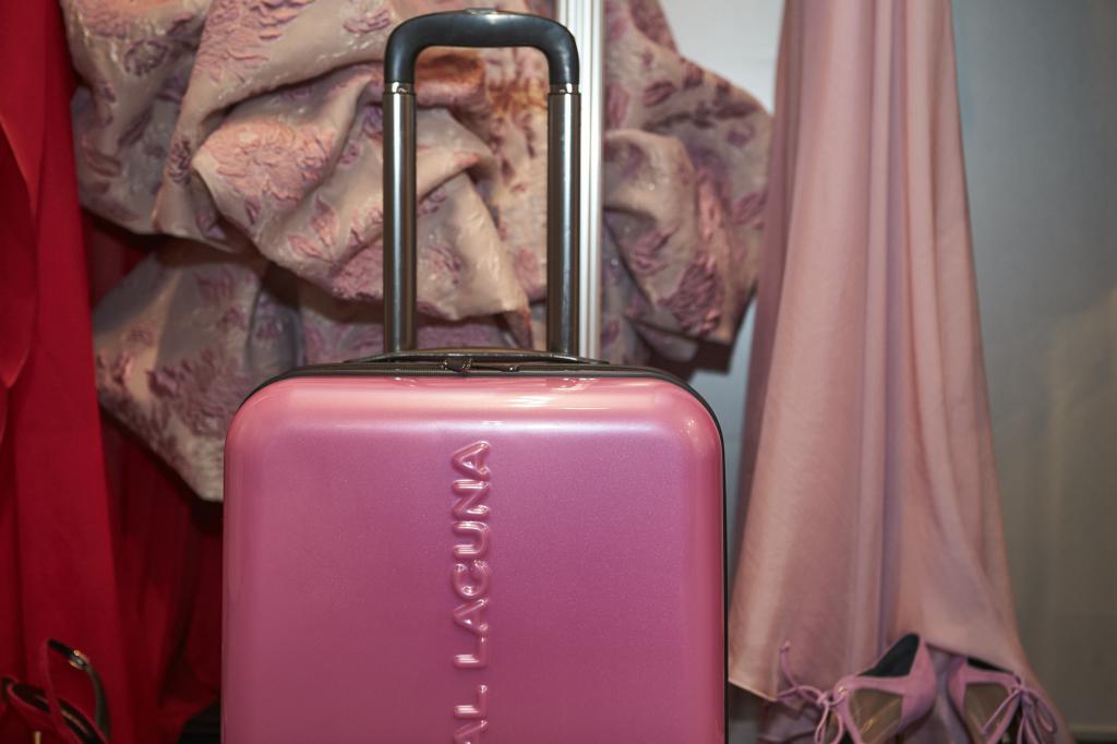 hannibal-laguna-coleccion-maletas-soho-rosa
